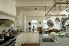 Marthas-Vineyard-house-kitchen-612