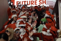 christmas-flash-mobs-alive-well-in-vancouver