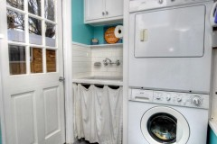 17232_welby_way_MLS_HID700728_ROOMlaundryroom