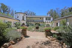 Reese Witherspoon's Home in Ojai, CA